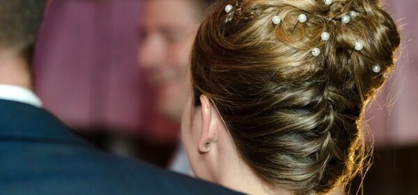 Easy Updo Hairstyles for Thin Hair That Are Elegant and Classy